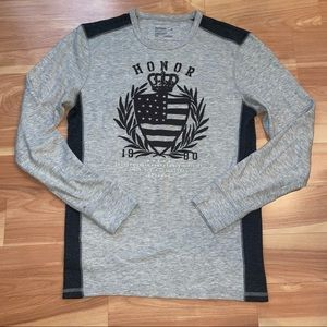 Express graphic gray color block long sleeve thermal size small